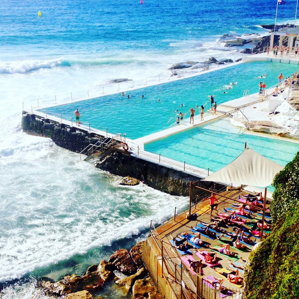3 cool places to practice yoga in australia spa it girl for Places to do yoga